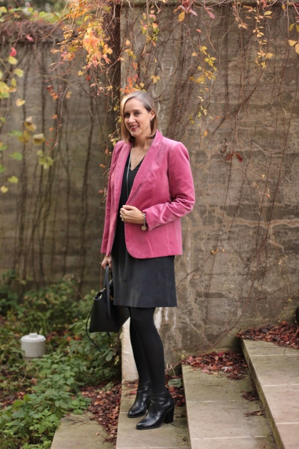 pink velvet for fall autumn, over 40 style blogger, over 40 fashion blogger