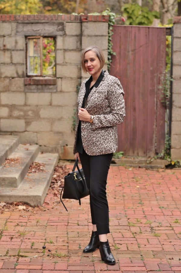 all black and leopard look, over 40 style blogger, over 40 fashion blogger