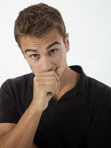 10 Things You Gotta Know About Theo James - FANdemonium ...