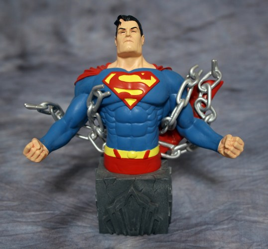 Heroes of DC Superman Bust 001
