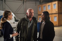 "DC's Legends of Tomorrow --""Invasion!""-- Image LGN207b_0087.jpg -- Pictured (L-R): Melissa Benoist as Kara/Supergirl, Dominic Purcell as Mick Rory/Heat Wave and Carlos Valdes as Cisco Ramon -- Photo: Diyah Pera/The CW -- © 2016 The CW Network, LLC. All Rights Reserved."