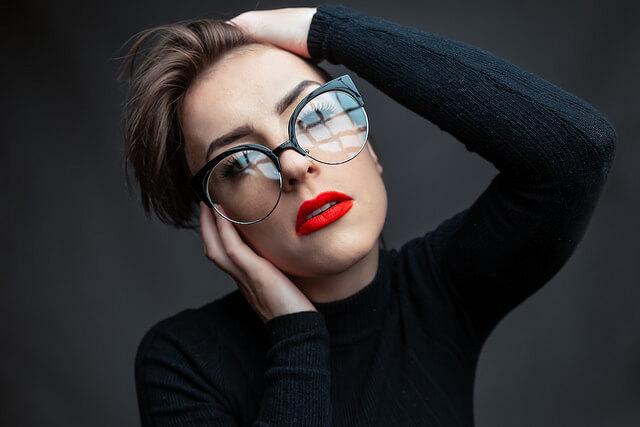 30代独身女性の特徴とは?おしゃれを意識しないキャリアウーマン!