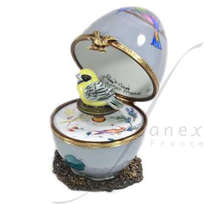 FanexFrance . décor oiseau. Oeuf à Musique Limoges peint main .