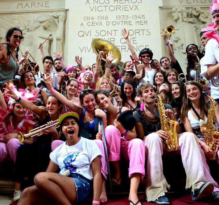 Les Makabés aux 20 ans de la Vaginale, fanfare qui accueillera plus tard le festiconcours 2018 !