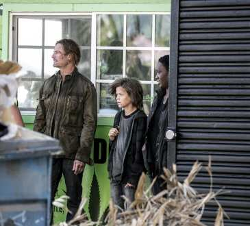"""COLONY -- """"Sublimation"""" Episode 203 -- Pictured: (l-r) Josh Holloway as Will Bowman, Jacob Buster as Charlie Bowman, Carolyn Michelle Smith as Devon -- (Photo by: Isabella Vosmikova/USA Network)"""