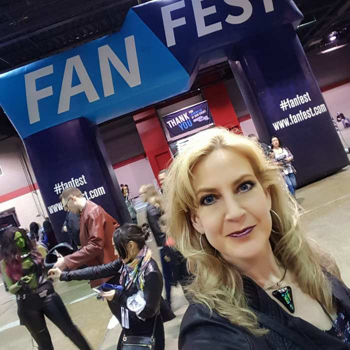 Fan Fest Chicago 2017, Linda Marie