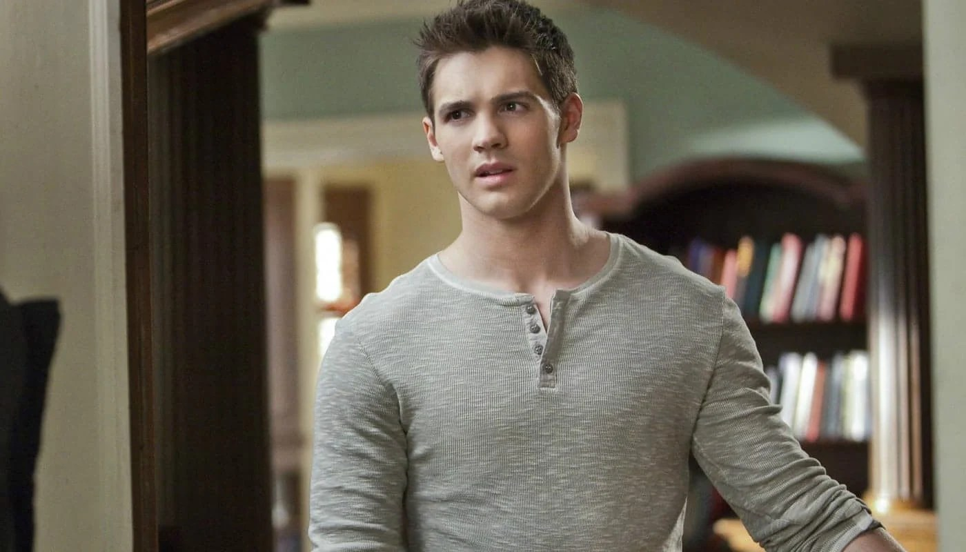 Image result for the vampire diaries jeremy