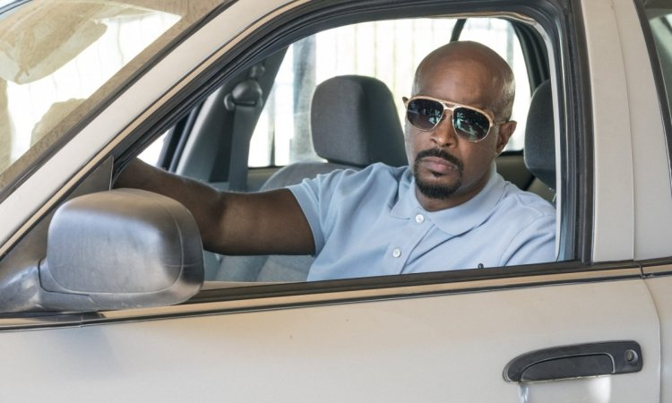 LETHAL WEAPON: Damon Wayans in the Need To KnowÓ episode of LETHAL WEAPON airing Tuesday, Oct. 2 (9:00-10:00 PM ET/PT) on FOX. ©2018 Fox Broadcasting Co. CR: FOX