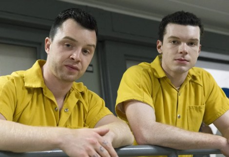 """Noel Fisher as Mickey and Cameron Monaghan as Ian Gallagher in SHAMELESS (Season 9, Episode 06, """"Face It, You're Gorgeous""""). -"""