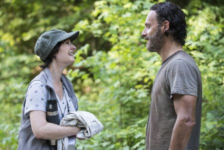 Gale Ann Hurd and Andrew Lincoln as Rick Grimes - The Walking Dead _ Season 5, Episode 2 _ BTS - Photo Credit: Gene Page/AMC