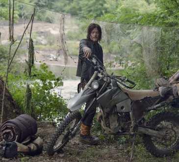 Norman Reedus as Daryl Dixon- The Walking Dead _ Season 9, Episode 7 -