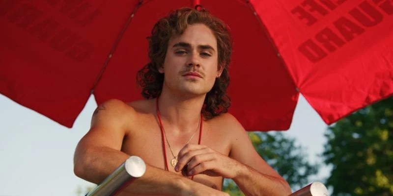 Dacre Montgomery in Stranger Things 3 photo credit: Netflix