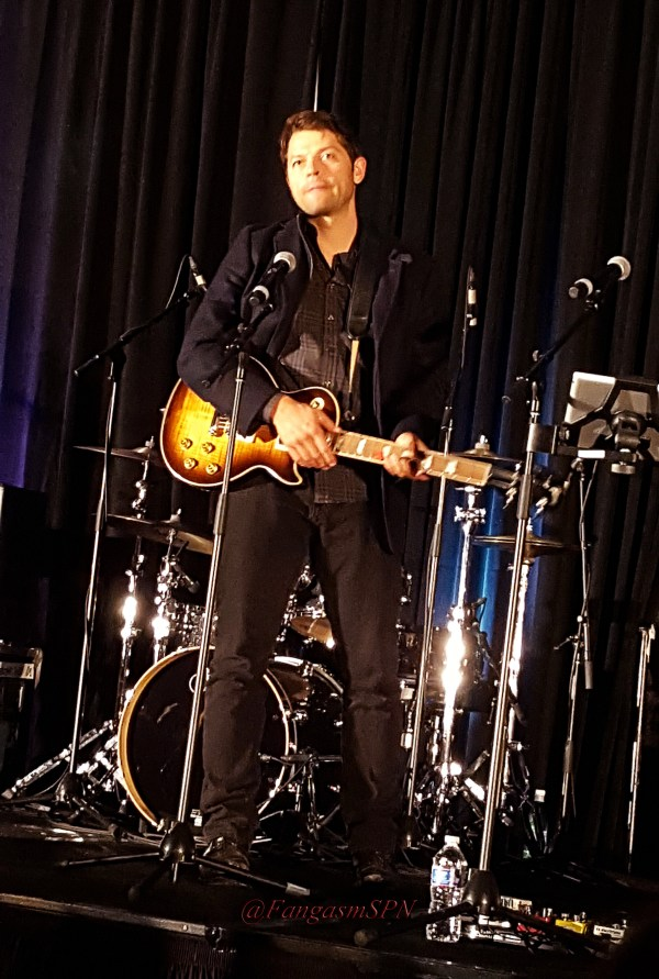 chicon_2015_and_phone_to_10_15_1577_WM