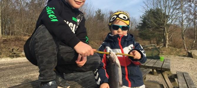 Mjøls Lystfiskeri – De fik alligevel fisk på krogen