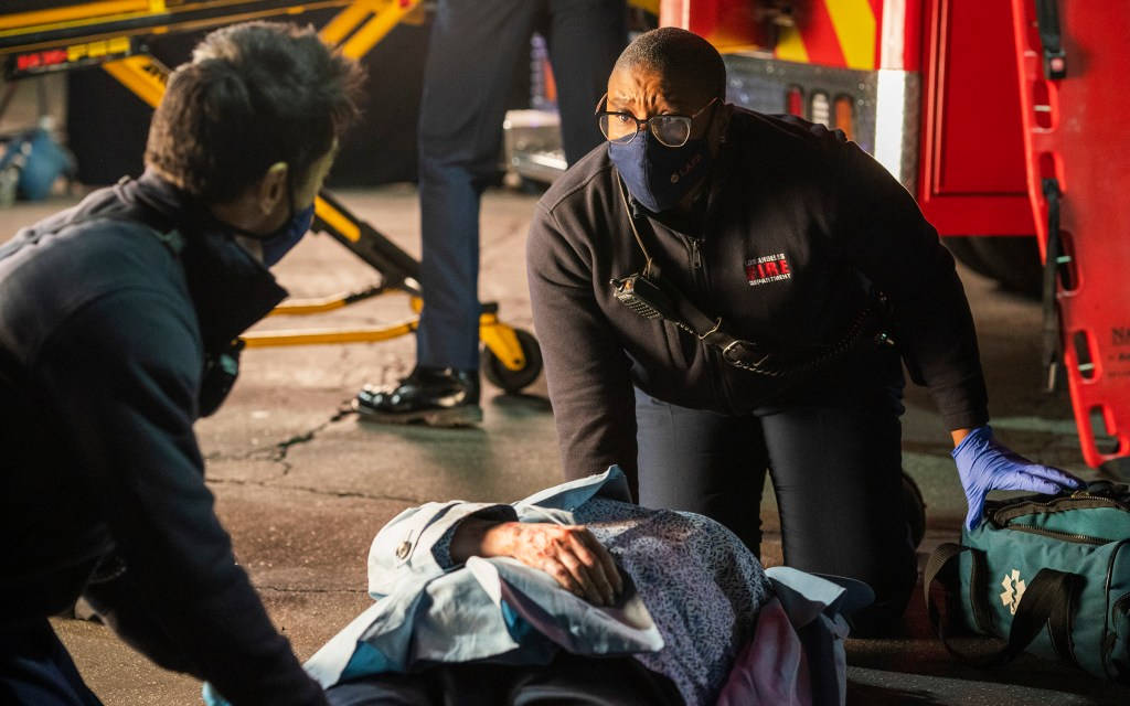 """'9-1-1' 4x11 Review: """"First Responders"""""""