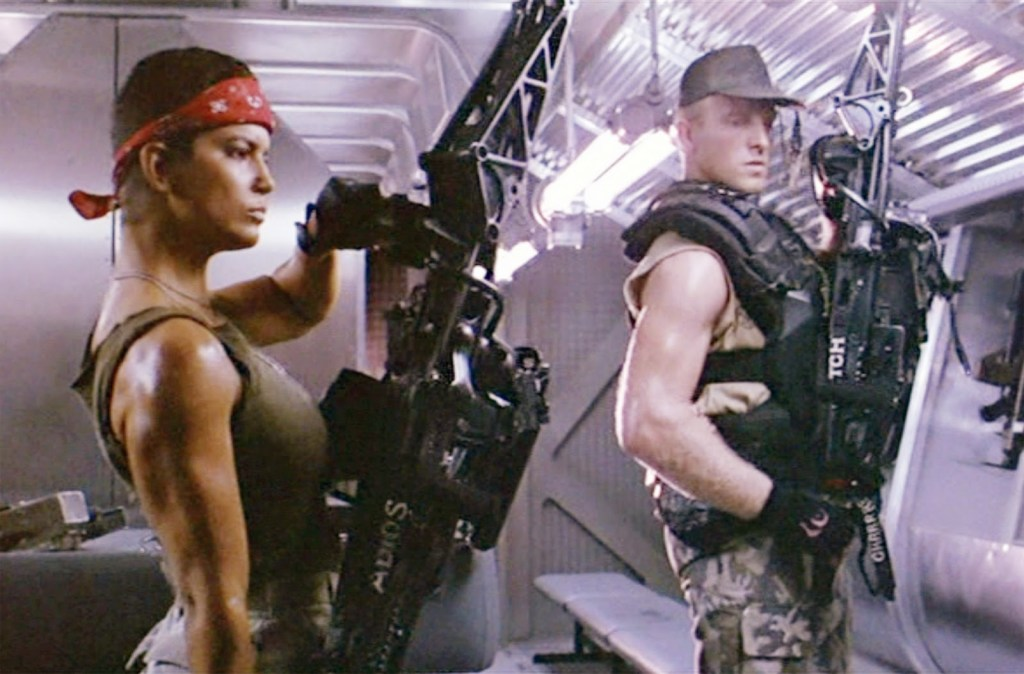 5 Actresses Who Made Us Swoon with Their Buff Arms. Pictured: Jenette Goldstein from Aliens.