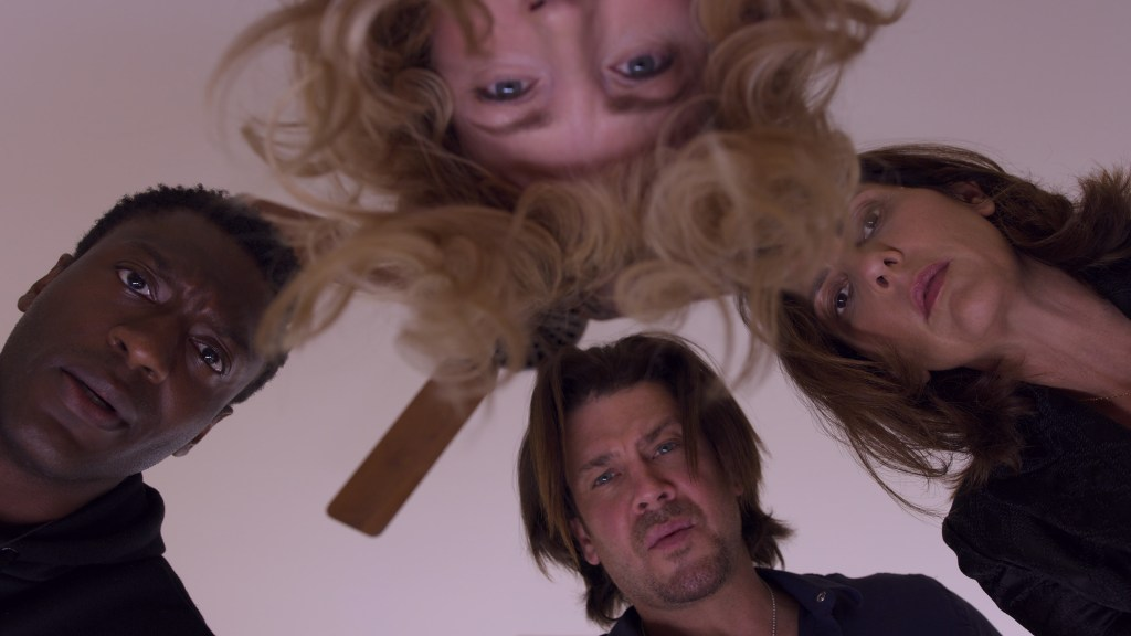 Leverage: Redemption 1x01 Review: The Too Many Rembrandts Job