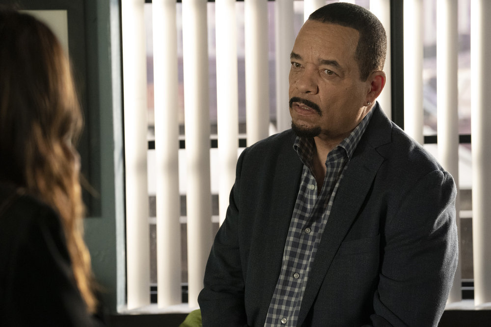 """LAW & ORDER: SPECIAL VICTIMS UNIT -- """"Never Turn Your Back on Them"""" Episode 23003 -- Pictured: Ice T as Sergeant Odafin """"Fin"""" Tutuola -- (Photo by: Virginia Sherwood/NBC)"""