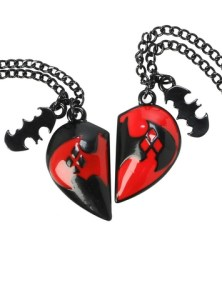 10257865_DC Comics Harley Quinn Heart Best Friends Necklace Set_hi