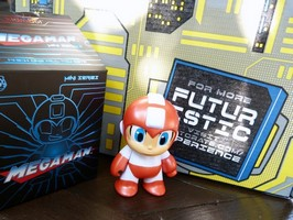 Loot Crate July 2016 Megaman