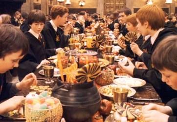 harry-potter-feast-750x522-1447950806