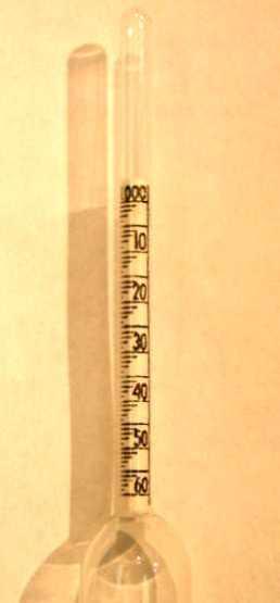 hydrometer_scale_P5020012