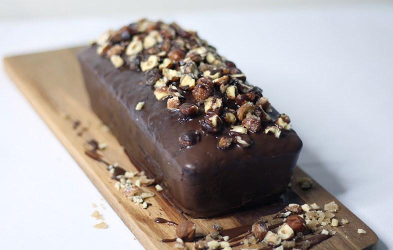Recette du marbré vegan aux noisettes caramélisées sur fannyalbx.com