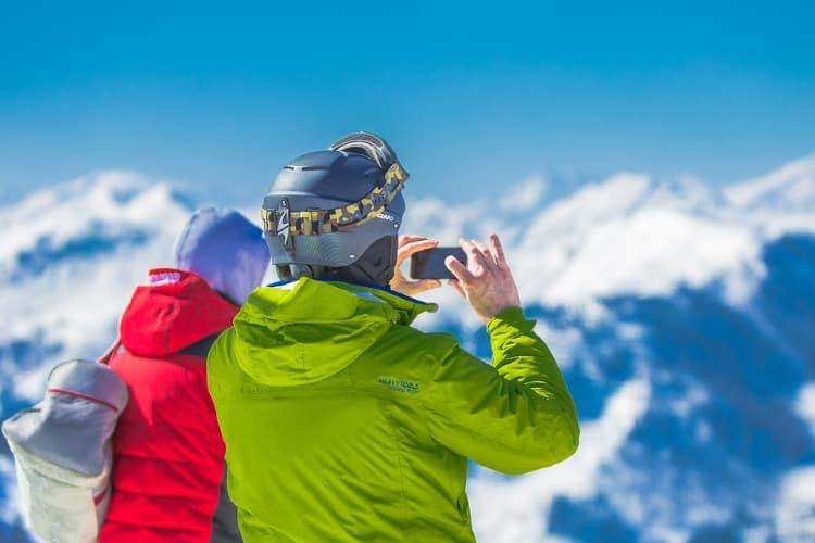 Quel équipement prévoir pour un week-end de ski à Annecy ?