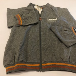 hummel jakke med zip grå