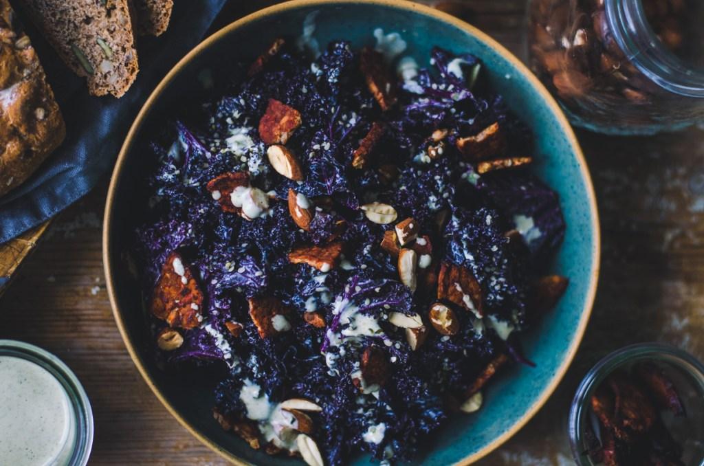Kale Caesar Salad / Tempeh Bacon & Hemp Seed
