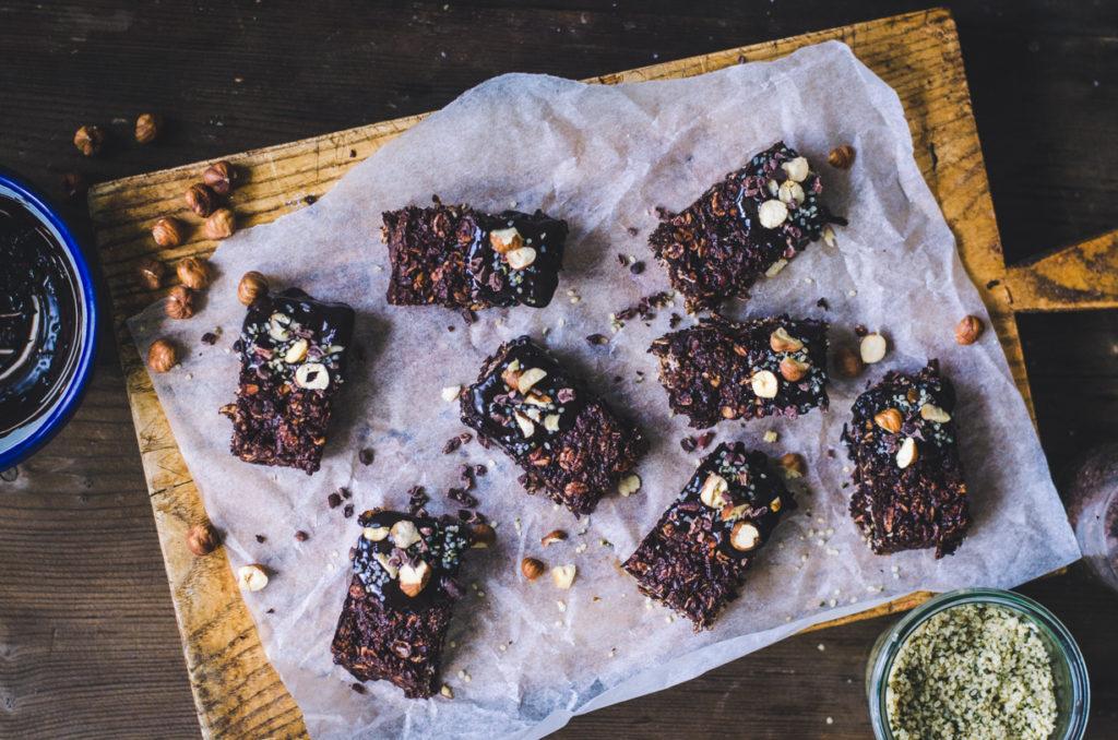 Oaty Brownie Bites / Hazelnut & Dark Chocolate