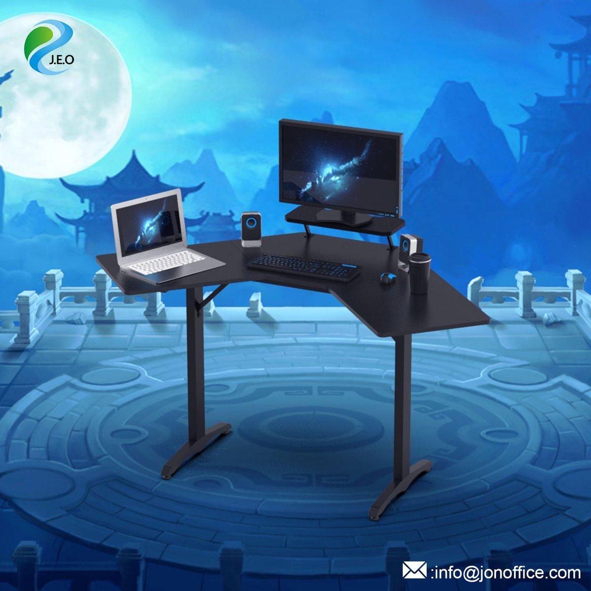 gaming gamingdesk gamingconsole warzone pcgaming gamers