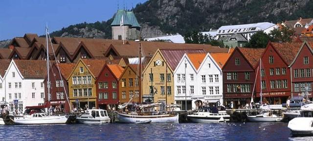 Bryggen i Bergen. Foto fra Visitnorway.com