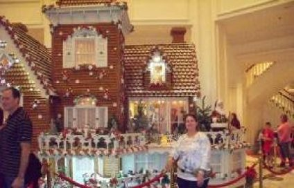 Gingerbread House in Disney's Grand Floridian Lobby!