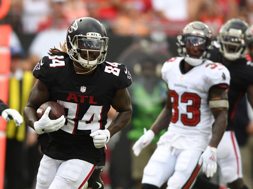 Cordarrelle Patterson makes a play against the Tampa Bay Buccaneers.