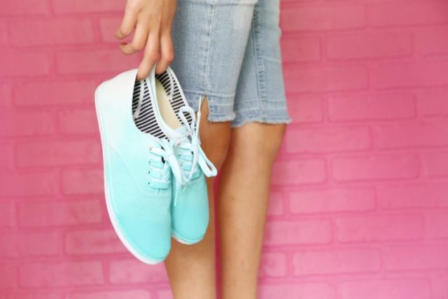 Ombre Shoes-DIY Ombre Projects