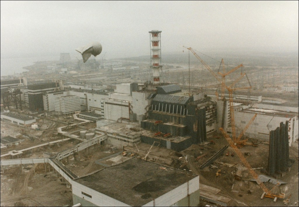 Chernobyl: first pictures after the nuclear disaster.