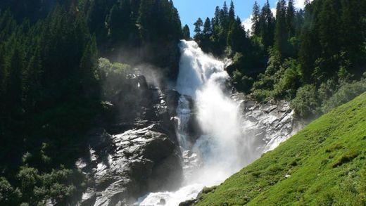 Smeltwater Krimml Waterval zorgt voor spektakel