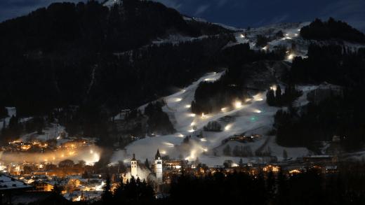 Kitzbühel Streif sneeuwkanonnen