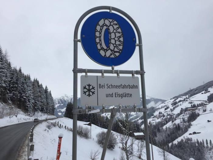verkeersbod sneeuwketting