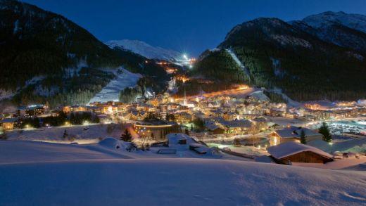 Ischgl by night