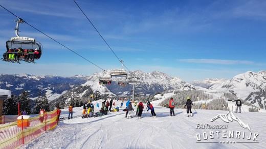 VIDEO Diverse skiafdalingen vanuit de Kitzbüheleralpen