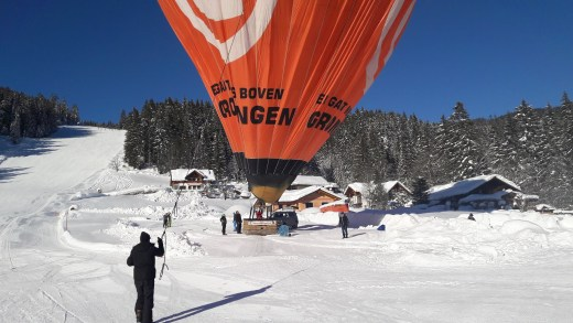 VIDEO Ballonvaren boven de Alpen