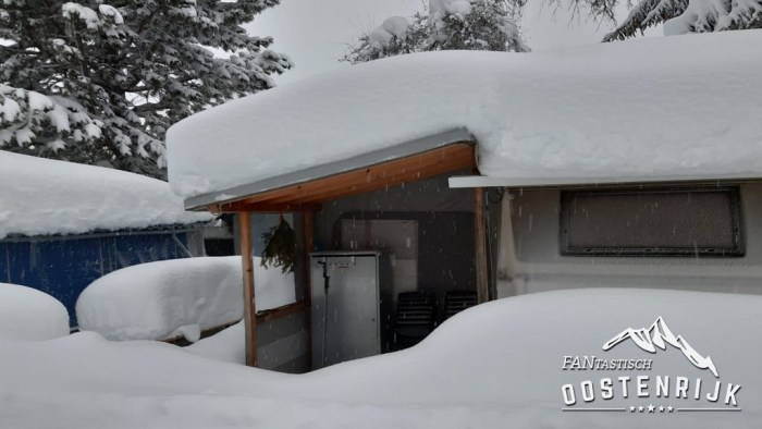 CampingWelt ingesneeuwd