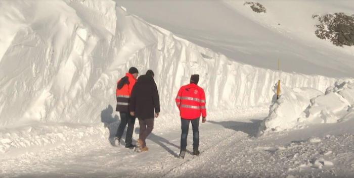 Timmelsjoch sneeuwruimen 16 mei 2019