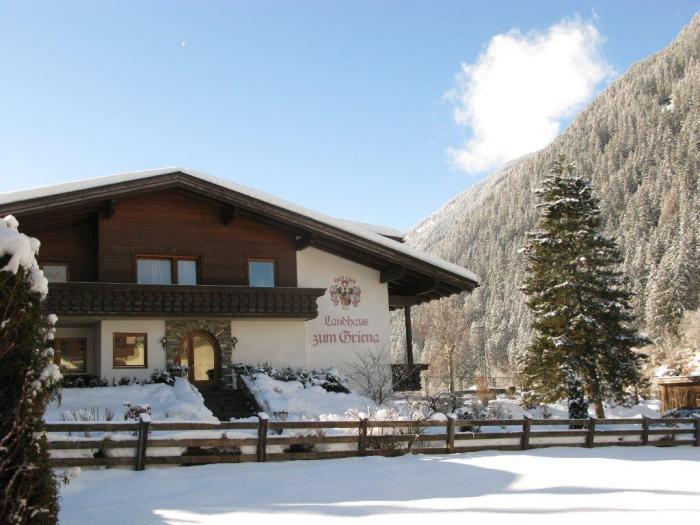 Mayrhofen - Landhaus zum Griena Summit Travel