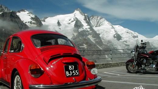 Volkswagen Kever maakt rit naar Grossglockner