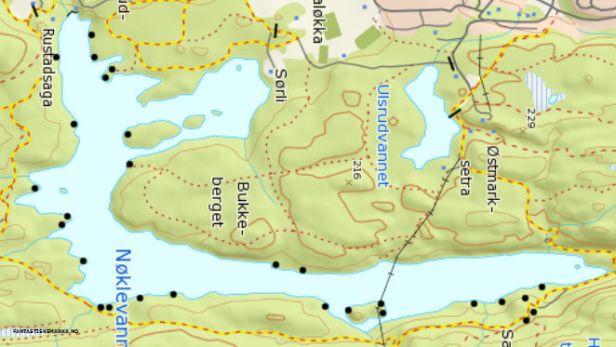 Kartutsnitt over Nøklevann med avmerking av teltplasser - Oslomarka - Østmarka - Fantastiske marka