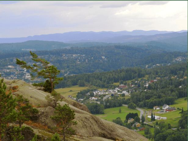 Utsikt mot sørvest fra Vardåsen - Oslomarka - Kjekstadmarka - Fantastiske marka