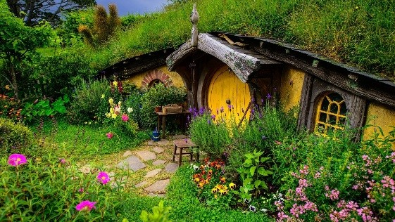 Hobbit Hole (The Lord of the Rings)